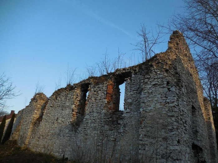 Kościół w Zarzeczu koło Pilicy