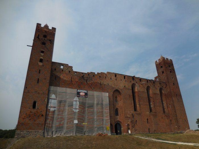Zamek w Radzyniu Chełmińskim - widok od południa